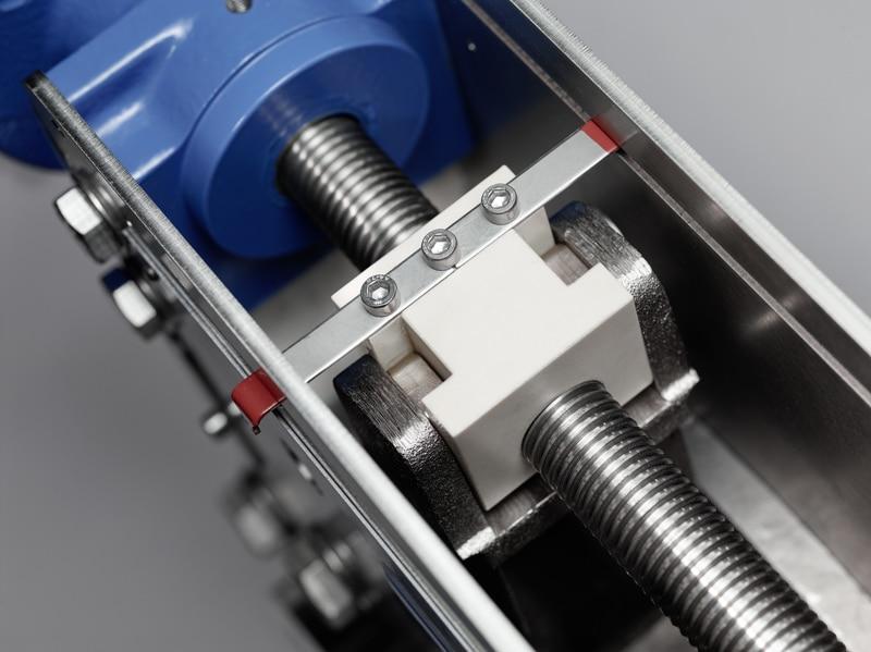 iris-control-valve-mechanics